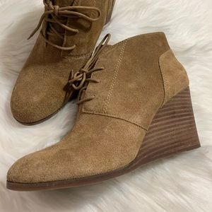 Lucky Brand Shylow Brown Suede Wedge Booties 9M